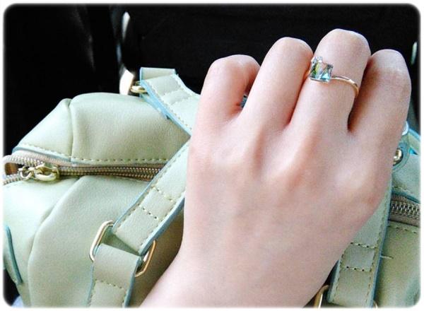 ブランドの指輪